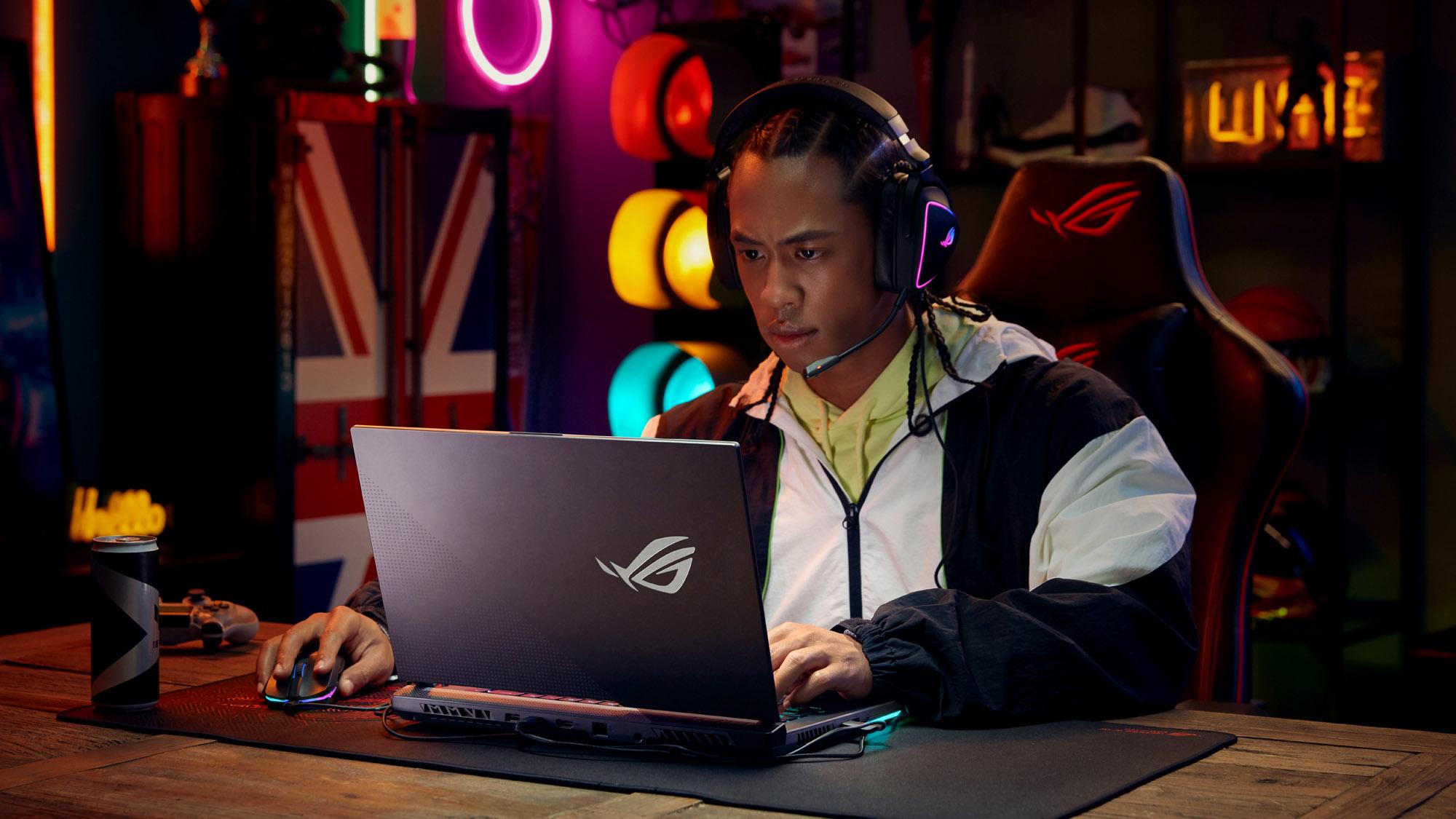 aura-laptop